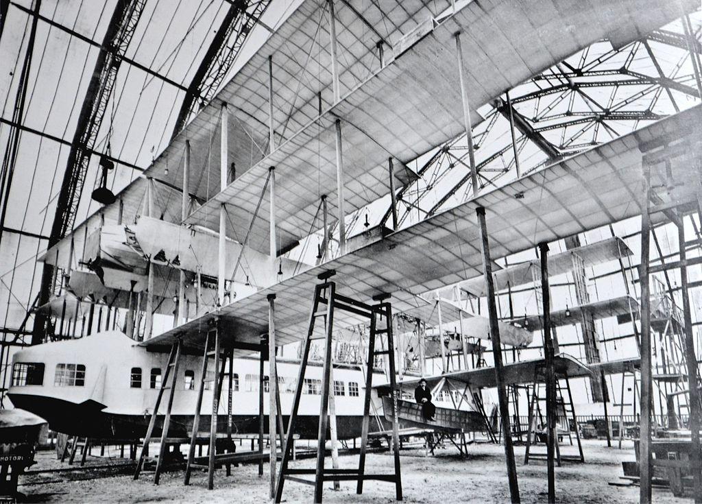 Ca.60 Under Costruction